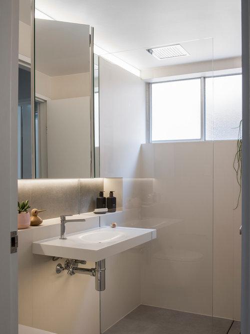 Badezimmer mit wandwaschbecken und zementfliesen ideen design bilder houzz - Zementfliesen dusche ...