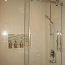 Contemporary Bathroom by Chic Decor & Design, Margarida Oliveira