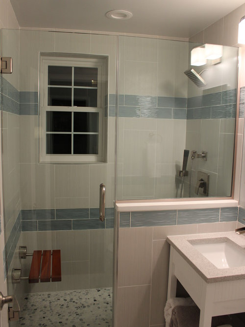 Small bathroom renovation ideas pictures remodel and decor for Small bathroom renovations