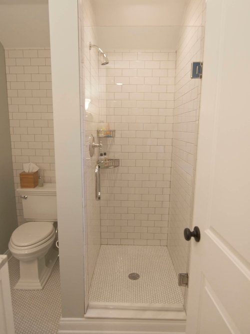 Small bathroom layout houzz for Small bathroom layout