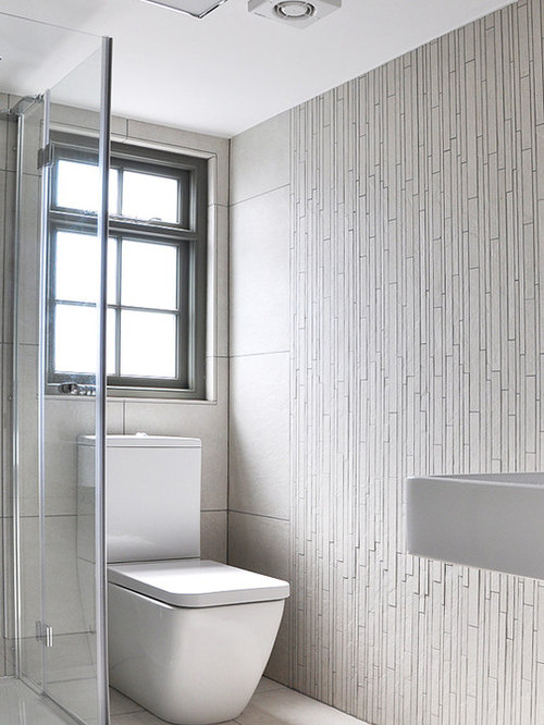 Small ensuite bathroom houzz for Small ensuite bathroom ideas