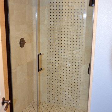 Small guest bathroom