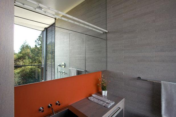 Modern Bathroom by Cooper Joseph Studio