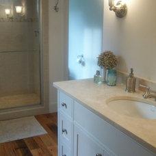 Farmhouse Bathroom by COUNTRY LIVING ASSOCIATES