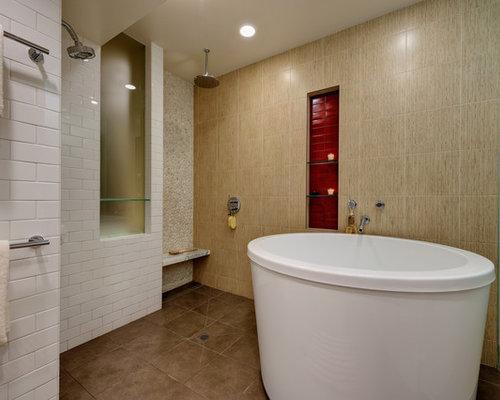 Foto e idee per stanze da bagno stanza da bagno con piastrelle rosse - Piastrelle bagno rosse ...