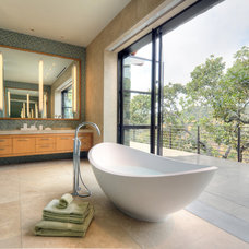 Contemporary Bathroom by BANKS|RAMOS Architectural Lighting Design