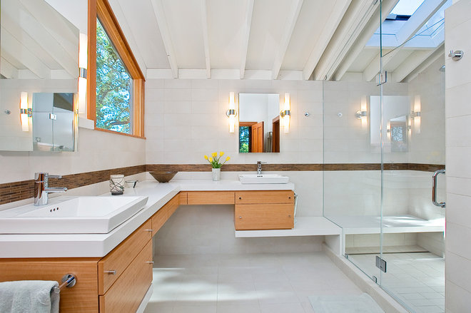 Contemporary Bathroom by Marcus & Willers Architects