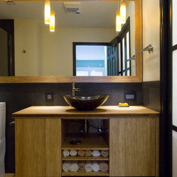 Soothing, High Contrast, Master Bathroom & Laundry