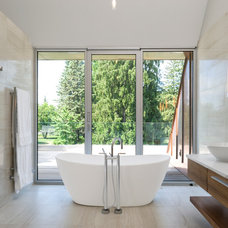 Contemporary Bathroom by Barry J. Hobin and Associates Architects