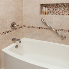 Traditional Bathroom by Designers Point