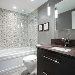 contemporary bathroom by Renocon Design