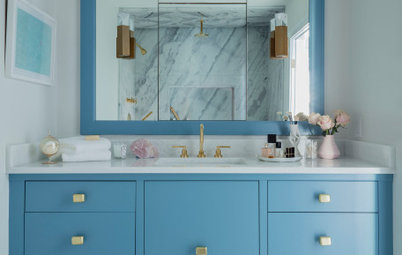 7 Beautiful Blue Paint Colors for Bathrooms