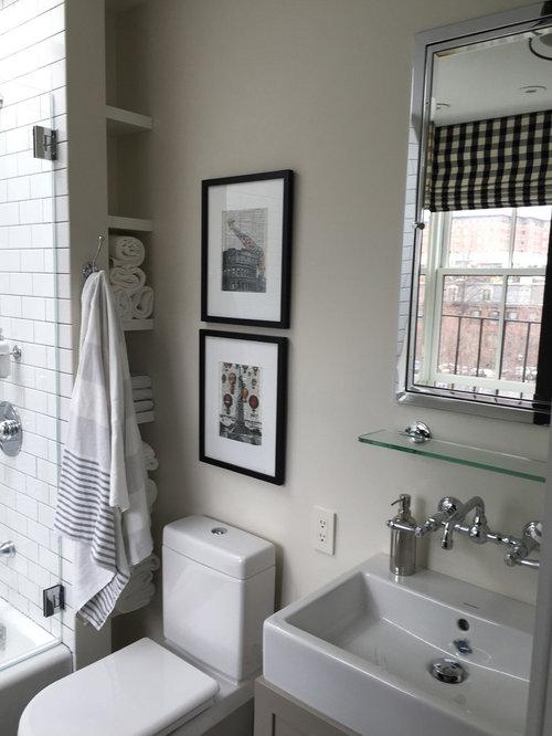 badezimmer mit l wenfu badewanne und bodengleicher dusche. Black Bedroom Furniture Sets. Home Design Ideas