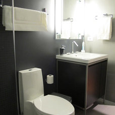 Contemporary Bathroom by Sarah Goesling - Catalyst Remodeling