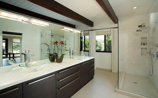 Contemporary Bathroom by Michael Kelley Photography