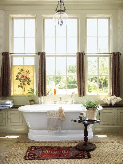 Farmhouse Bathroom by Insidesign