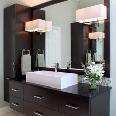 Modern Bathroom by House of L Interior Design