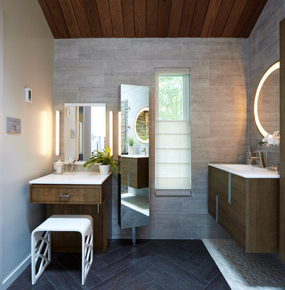 Room of the Day: Spa-Like Bathroom With a Healthy Glow