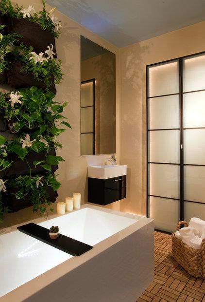 Contemporary Bathroom by Finn-Martens Design