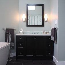 Traditional Bathroom by Sarah Gallop Design Inc.
