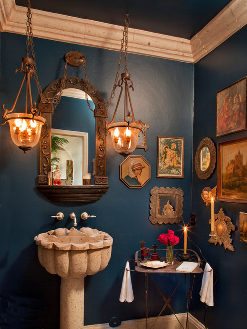 Colonial Bathroom Houzz