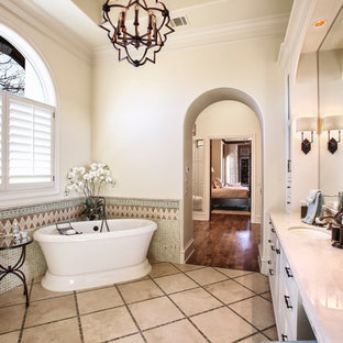 Spanish Colonial - Master Bathroom