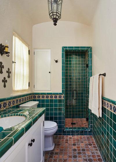 16 idee per rivestire il bagno con piastrelle verde smeraldo - Idee per rivestire un bagno ...