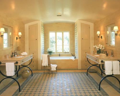 spanish-style bathroom | houzz