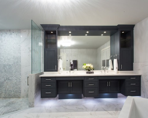 Inspiration For A Large Transitional Master Gray Tile, White Tile And Stone  Tile Marble Floor