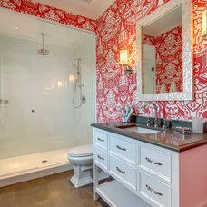 Tropical Bathroom by Clifford M. Scholz Architects Inc.