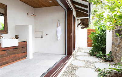 Picture Perfect: 36 Lush Indoor-Outdoor Bathrooms