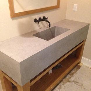 Immagine di una grande sauna minimalista con nessun'anta, pavimento con piastrelle in ceramica, lavabo integrato e top in cemento