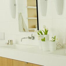 Contemporary Bathroom by Billinkoff Architecture PLLC