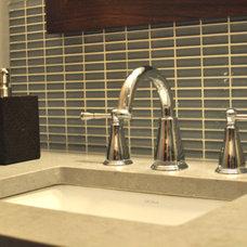 Contemporary Bathroom by Habitar Design