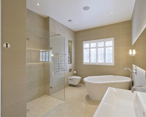 Mid Sized Trendy Master Porcelain Tile And Beige Tile Porcelain Floor And  Beige Floor Bathroom