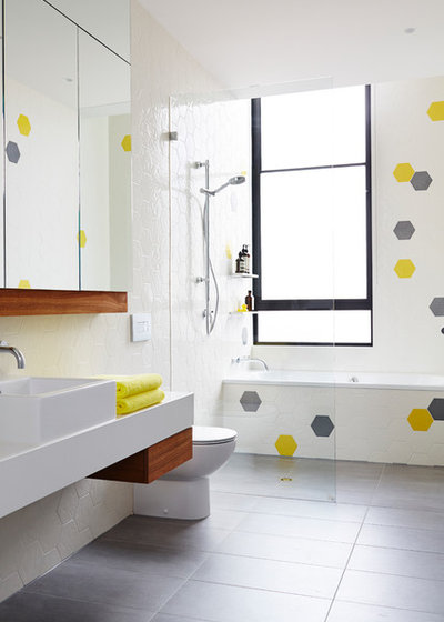 Scandinavian Bathroom by Project 12 Architecture
