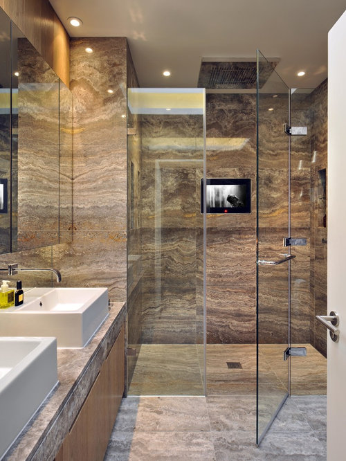 Gentil Trendy Master Brown Tile And Travertine Tile Travertine Floor Walk In  Shower Photo In London