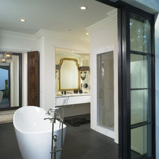 Contemporary Bathroom by Summerour Architects
