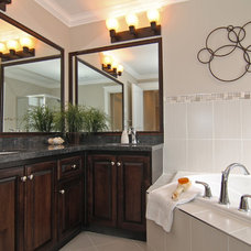 traditional bathroom by KASHMIR DHALIWAL FINE REDESIGN.