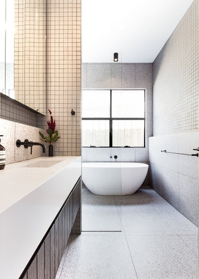 Contemporary Bathroom by AD DESIGN DEVELOP