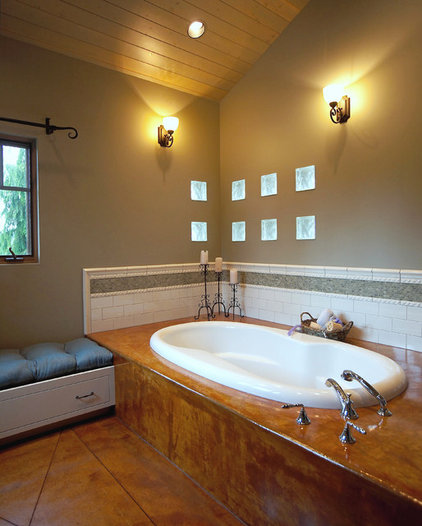 Eclectic Bathroom by Dan Nelson, Designs Northwest Architects