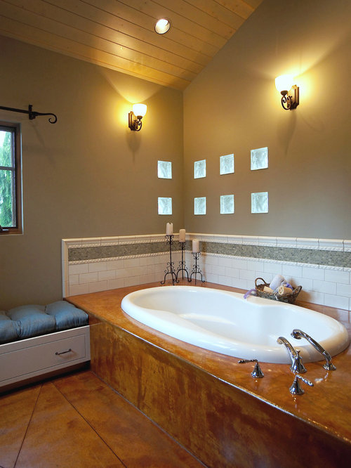 Tile tub surround home design ideas pictures remodel and for Decorating ideas tub surround