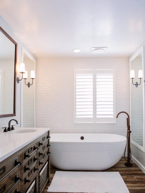 Mid-Sized Bathroom Design Ideas, Remodels & Photos