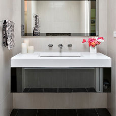 Modern Bathroom by Ania J Interior Styling