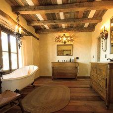 Mediterranean Bathroom by Caroline Dooley, Architect