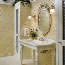 Traditional Bathroom by Diane Burgoyne Interiors