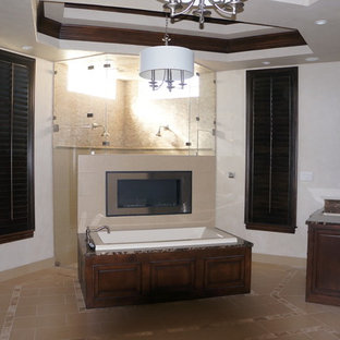 Stately Master Bath Room