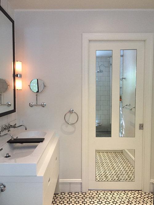 Badezimmer mit japanischer badewanne und bidet design - Zementfliesen dusche ...