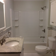 Traditional Bathroom by Lowe's of Riverview, FL