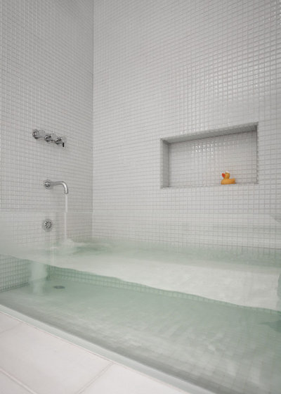 8 Beautifully Different Tub Materials For Bath Time Luxury